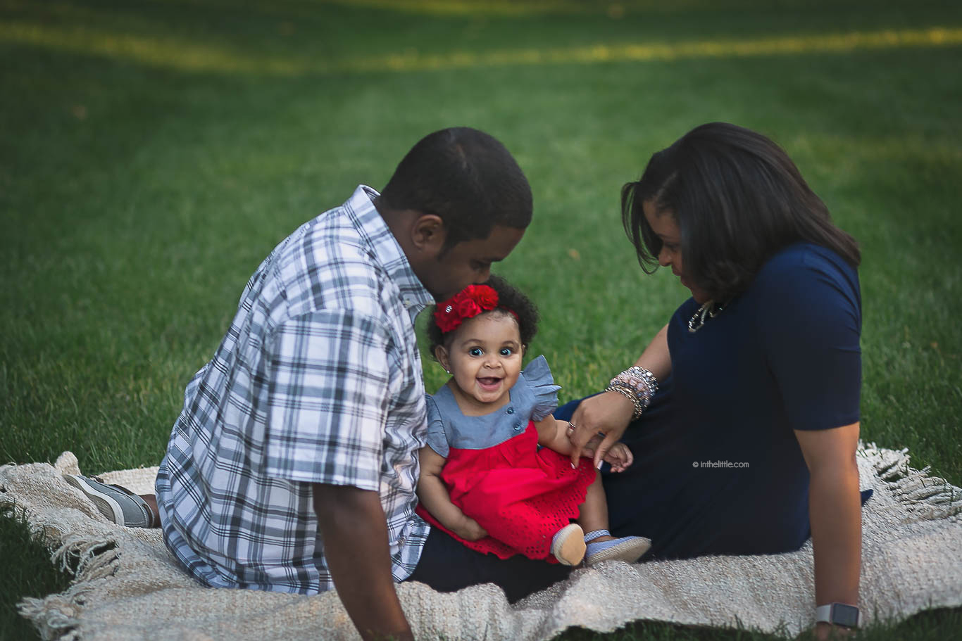 St. Louis Family Photography Sessions Outdoors